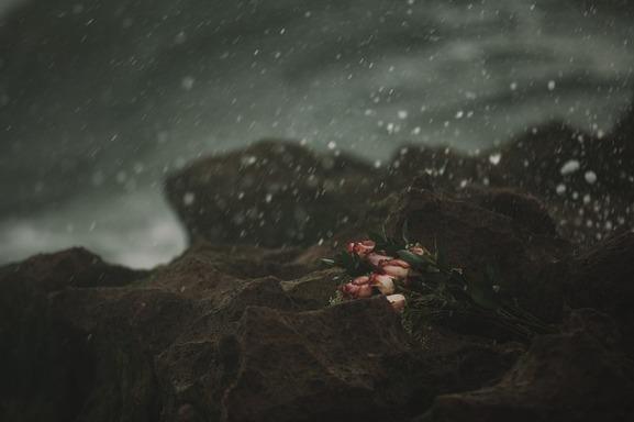 heartbreak-1209211_640